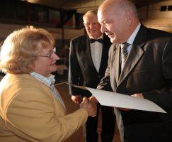 Guts Muths Ehrenplakette in Bronze für Uta Kücklich